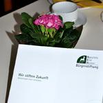 Die Broschüre der Stiftung lag aus